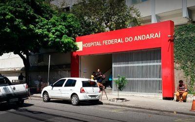 Funcionários e médicos participam de culto de encerramento de ano